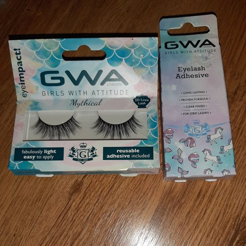 d440c7720da Fake eyelashes and glue Selling as gone of fake new/not No - Depop