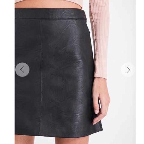 058f4ede6 TOPSHOP leather mini skirt SIZE 6 ✨ Brand new without tags, - Depop