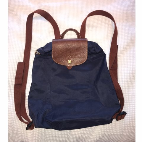 df5ff06947 @tammybahsoon. 5 months ago. Manchester, United Kingdom. Authentic  Longchamp Le Pliage ...