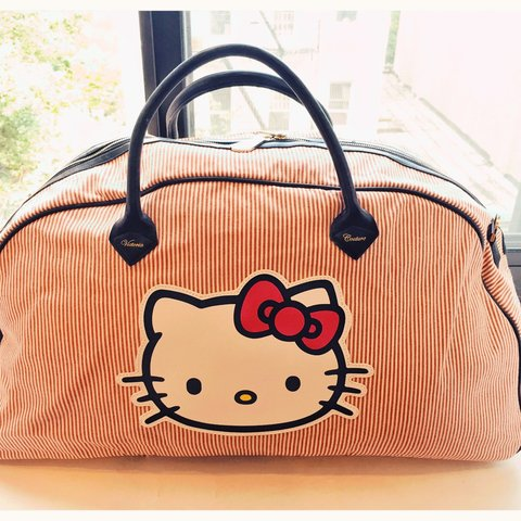cd088d91f00  estrellaz. 3 years ago. New York, United States. Victoria Couture Paris  Hello Kitty travel bowling bag.