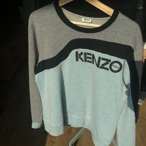 f5d3fe28 Beautiful Kenzo Paris sweatshirt. Size Xl on the tag but a 2 - Depop