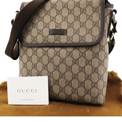 dc5296033 @expressvint. 3 months ago. Trabuco Canyon, United States. Gucci GG  Crossbody Bag PVC Leather FREE DOMESTIC SHIPPING ...