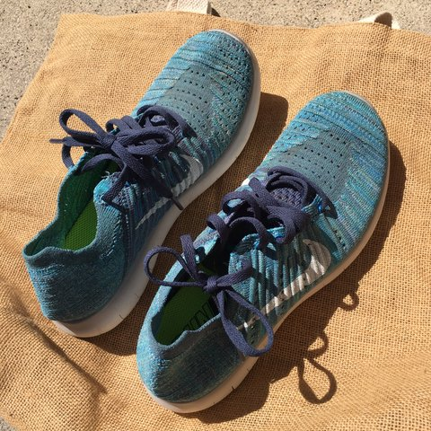 66f519ab6be8 Nike Free RN Flyknit Size 8 in Womens
