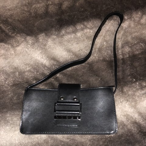 4b3175eebbd1fb Vintage guess purse Black color about 9 in long Has a x on - Depop