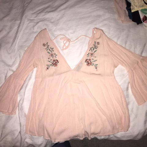 70662c9e523e74 Gorgeous pink blouse Never been worn but without tags Only - Depop