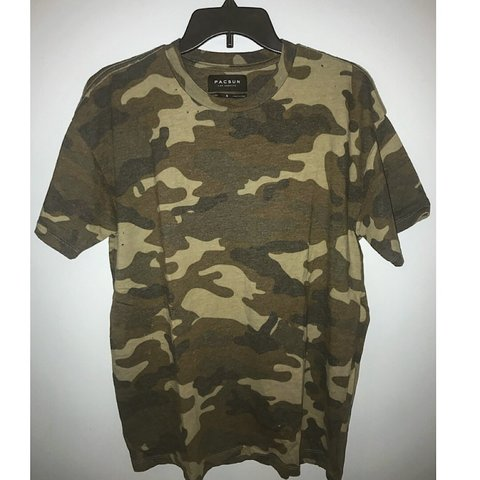 7e80e985 PacSun Men's Distressed Boxy Camo Tee. Size Small **Fits It - Depop