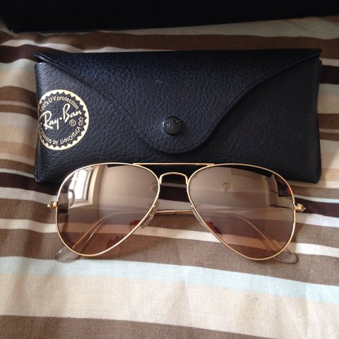 7d79235dbb Genuine rose gold ray ban aviator sunglasses. - Depop