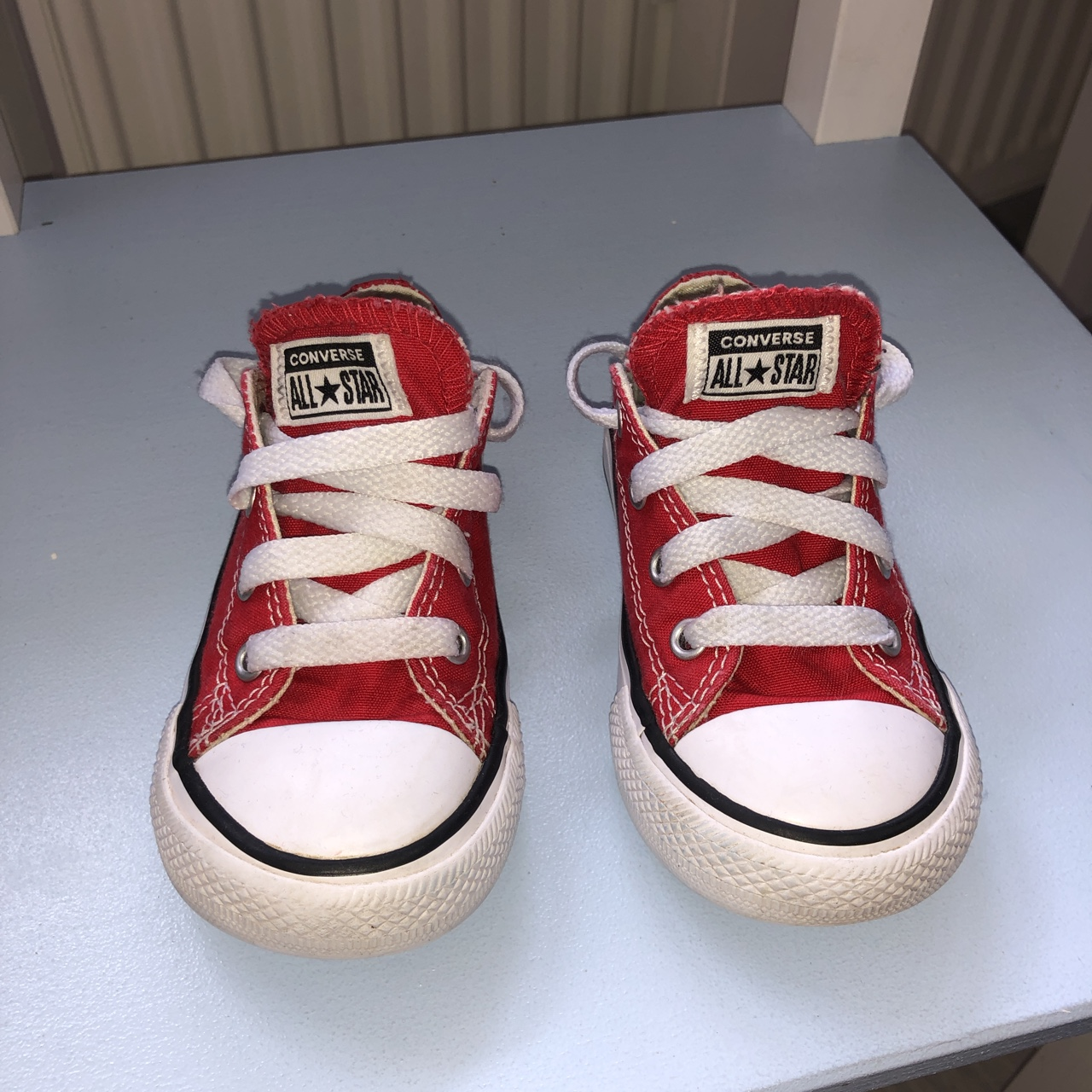 Red infant converse. Very good