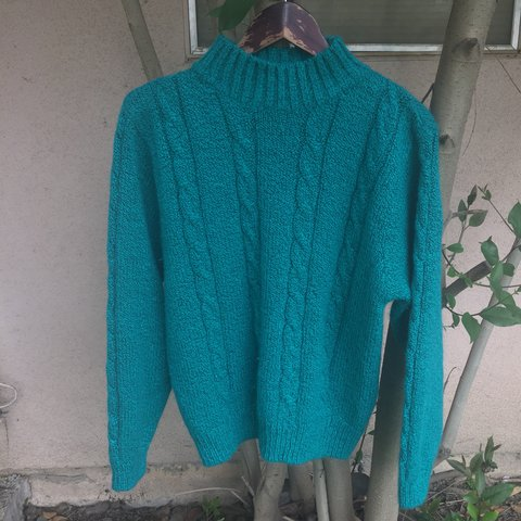 5d3c218674 Vintage turquoise knit sweater size medium in great - Depop