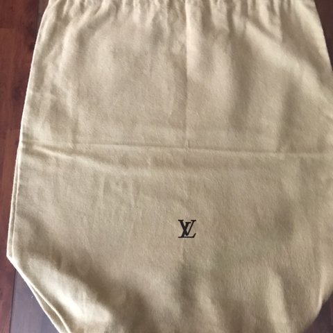 b7e65d015b4e Authentic Louis Vuitton Dust Bag No rips or tears