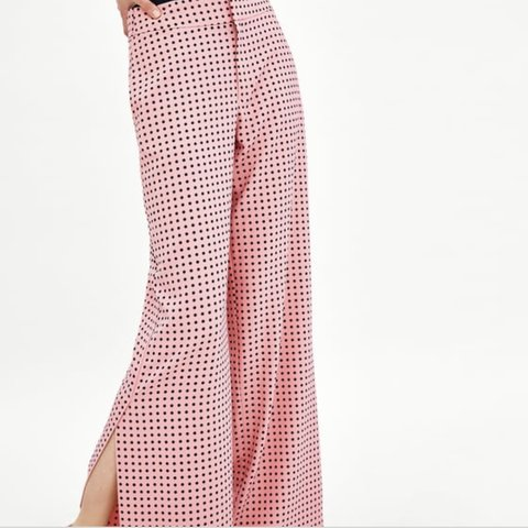 d661700e091d REDUCED! Zara pink polka dot trousers. Blogger favourite and - Depop