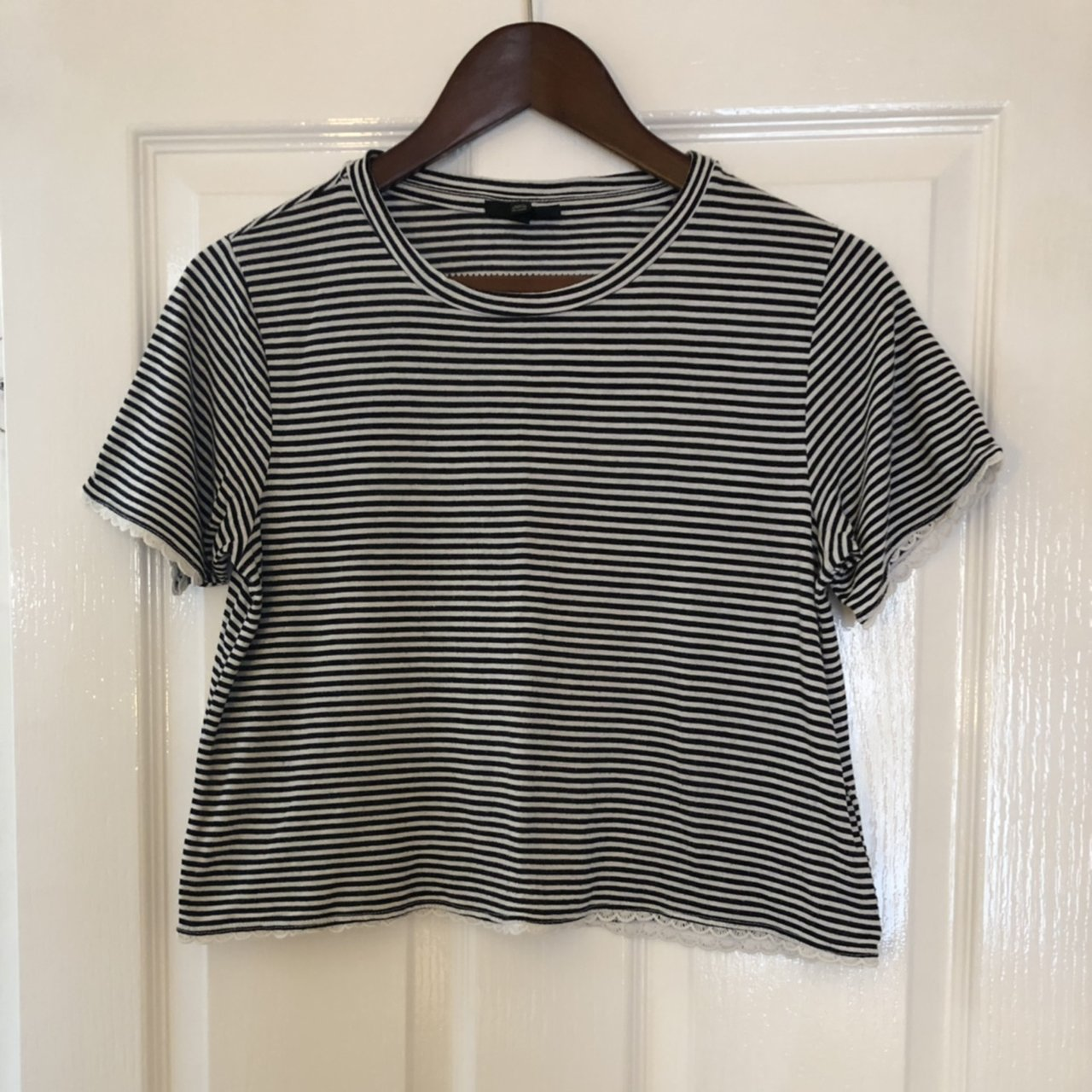 cdb183c0448 @stylistwears. 23 days ago. London, United Kingdom. Topshop striped crop T- shirt. Navy and white stripes with lace trim ...