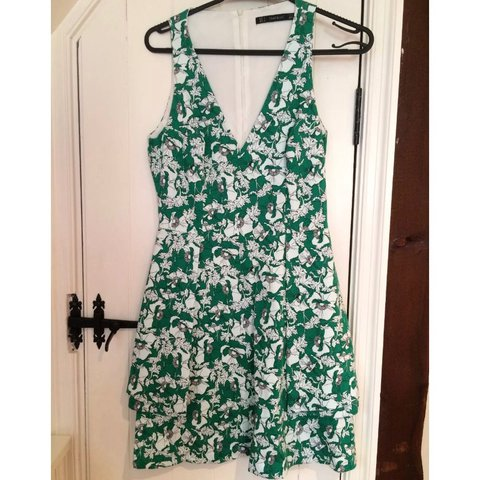 75f23bf8 Zara Floral Green Dress Low Cut V-Neck Pockets Sleeveless - - Depop