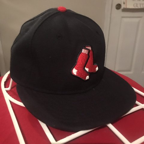 606c7606b @fdhm. 2 months ago. Waterford, United States. Dark navy blue Red Sox Hat  Great condition... one size fits all