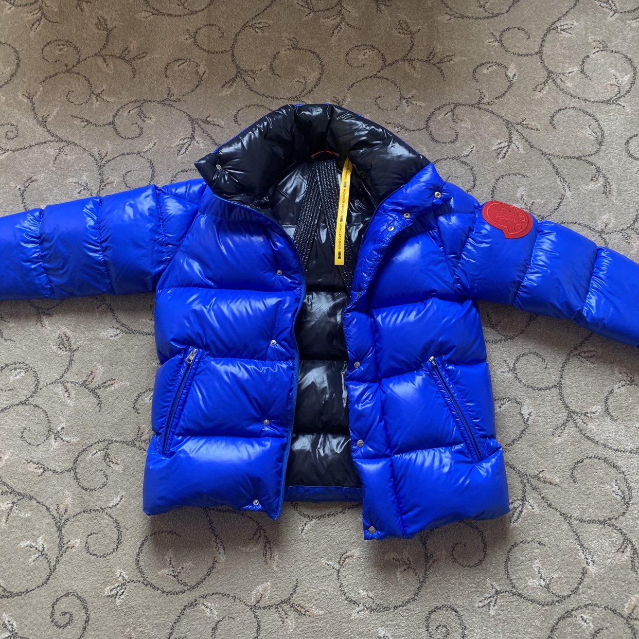 1e76f53b4 Moncler Dervaux Quilted Shell Down Jacket - RRP:... - Depop