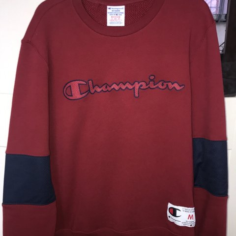 b220a3541704eb 🔺🔻Champion crew sweater🔺🔻 •condition  10 10 •brand new - Depop