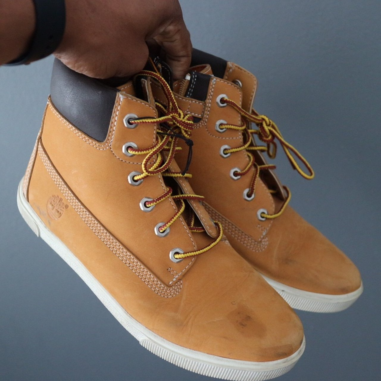 Timberland Boots Tan w/ White Sole Zip