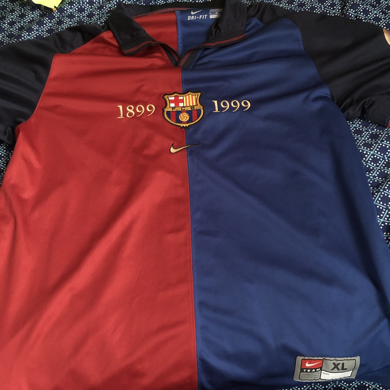 super popular 2ce6a 335a9 Fc Barcelona 1899/1999 jersey. It's an XL, good... - Depop