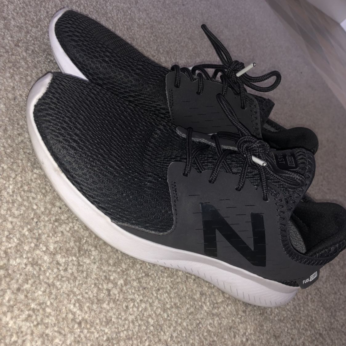 newest 8180c a1292 Women's New Balance Response 2.0 trainers. Black... - Depop