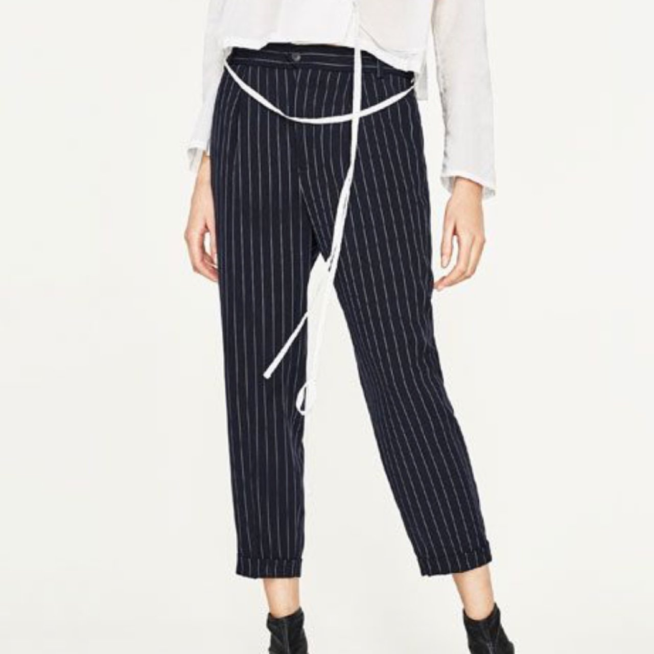 5300ec93 Zara S pinstripe trousers with elastic waist, perfect for - - Depop