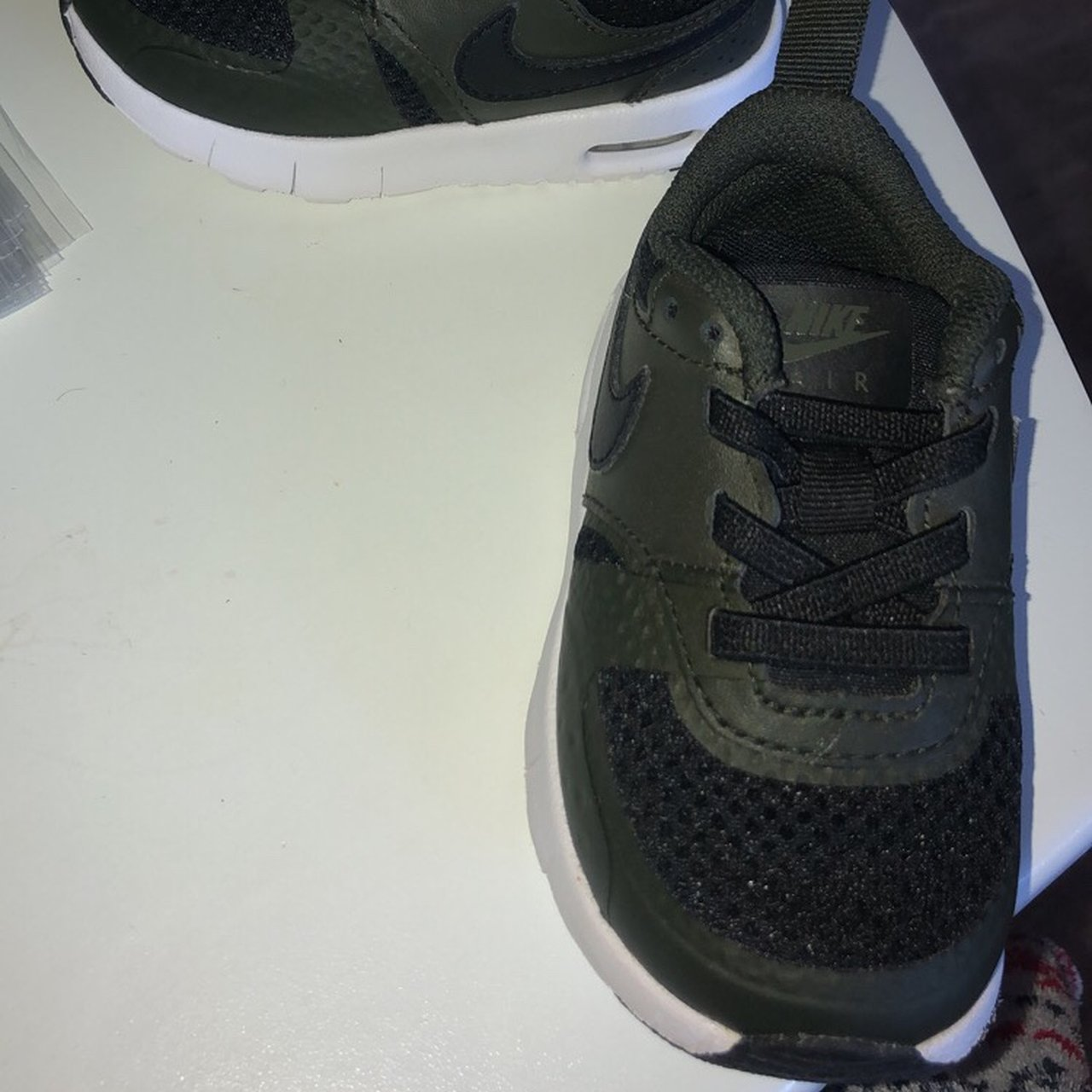 Boys Nike trainers size 4.5 (baby size
