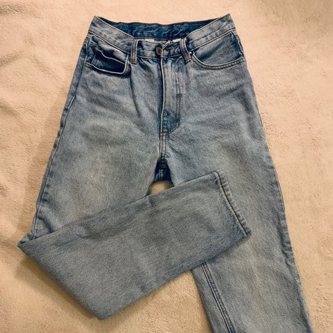 62b7936c9e @emilysjuicebox. 8 days ago. Irvine, United States. Brandy Melville high  waisted mom jeans. Would best fit ...