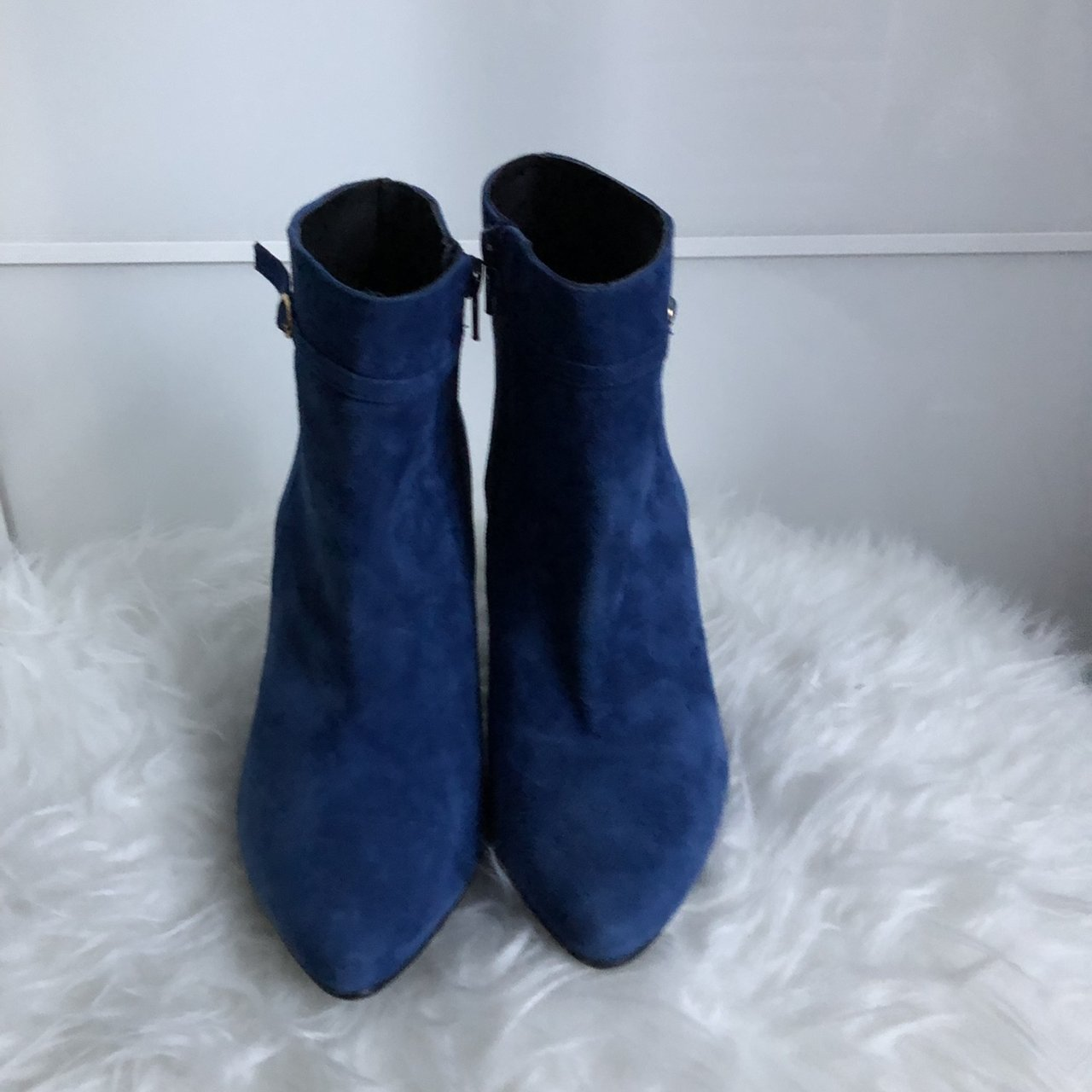 Minelli royal blue suede ankle boots
