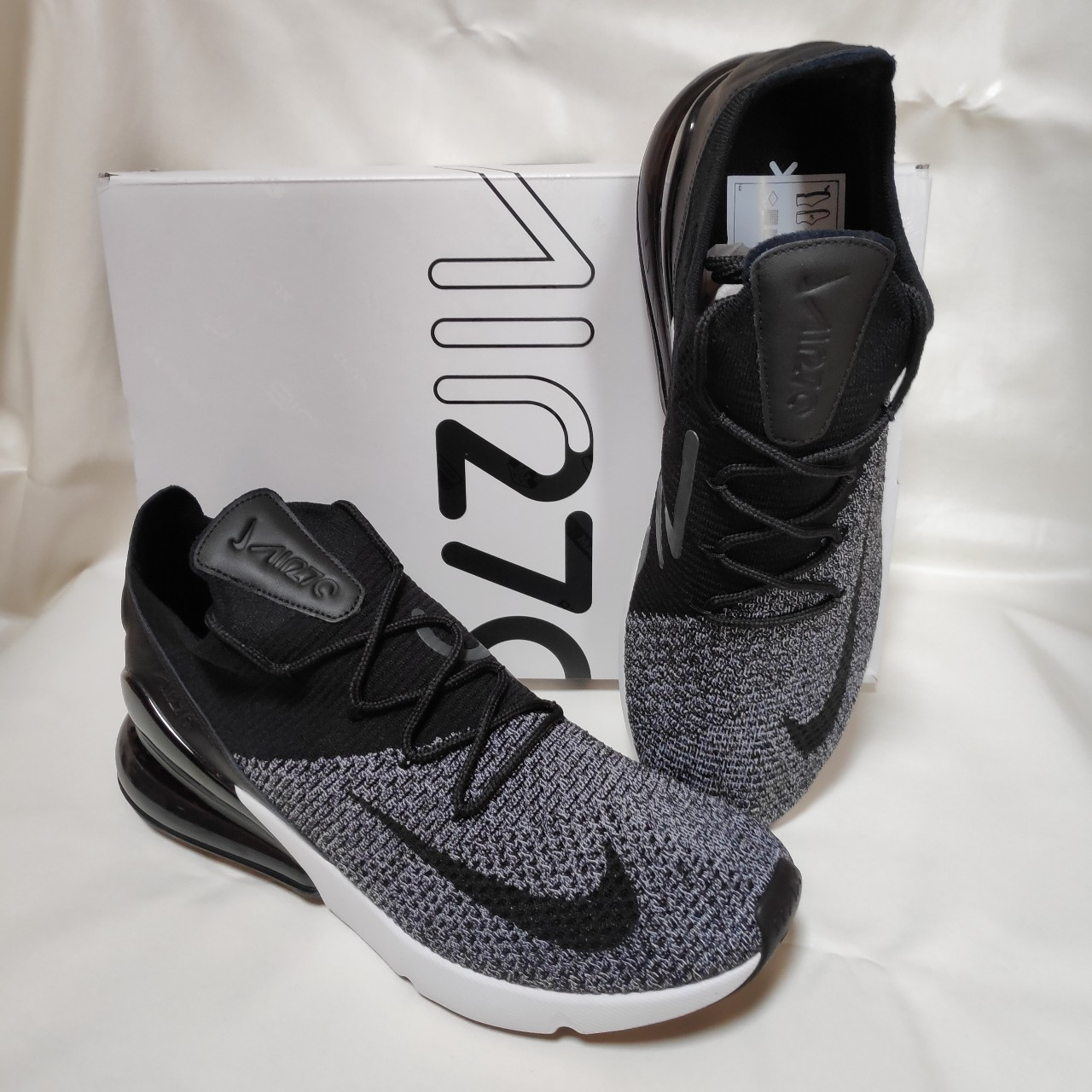 the best attitude 980a5 4776c Nike Air Max 270 Flyknit Oreo New, never worn with... - Depop