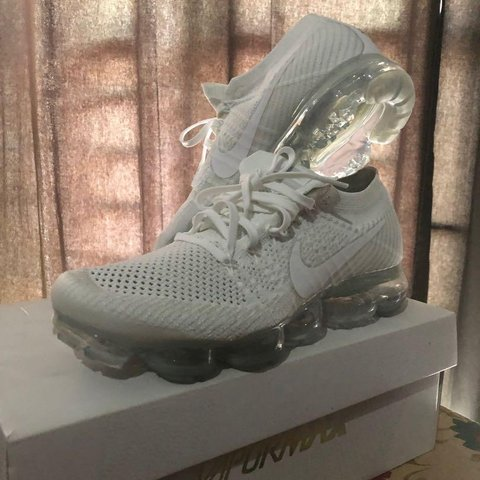 9de8717455f1c VAPORMAX FLYKNIT white 2.0 SIZE 8.5 THESE ARE MY second IM - Depop