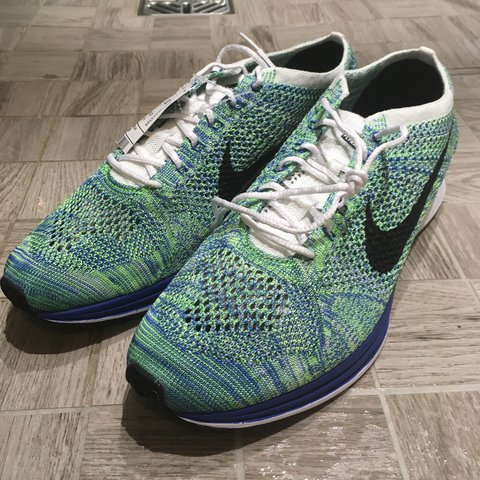 a6d100aba12f1 Vintage   Retro Flyknit Racer Tranquil Colour-way Size - - - Depop
