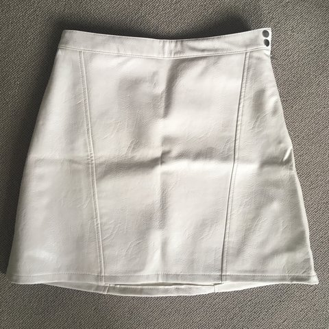 51accd7975 Zara faux leather skirt. Worn once, off white. Size medium. - Depop
