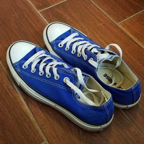 9708b024e7617b Chuck Taylor All Star Low Top Canvas Sneaker in Hyper Used 5 - Depop