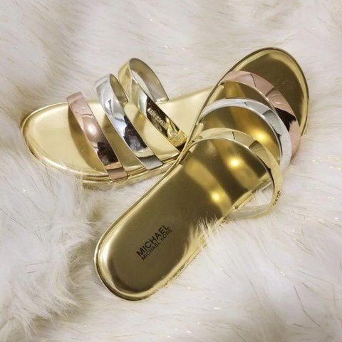 aba2f46463dd Retail For  79.00 Michael Kors Keiko Slide Sandals New With - Depop