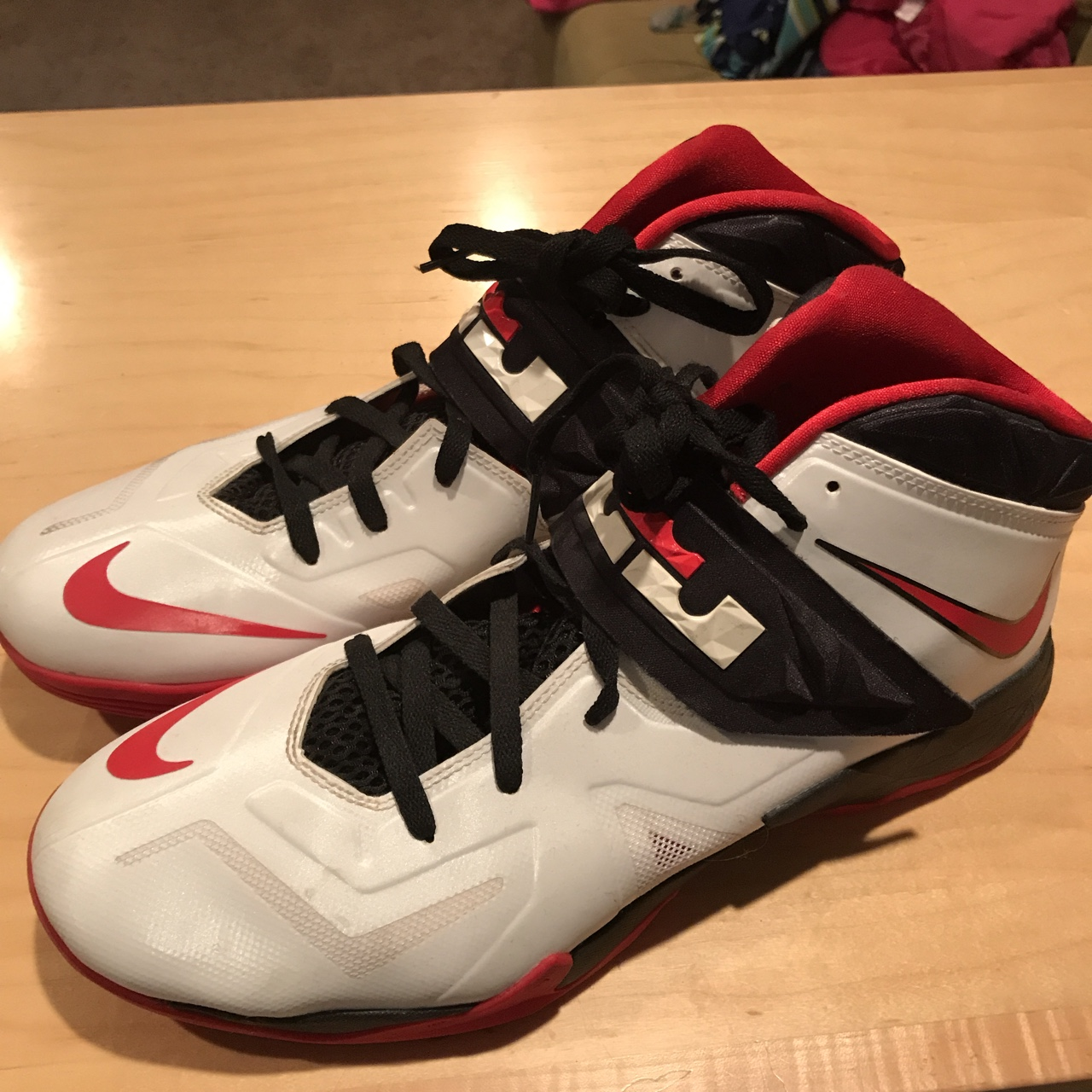 check out 561b6 72d73 Nike Zoom Lebron Soldier 7 - white, black, red.... - Depop
