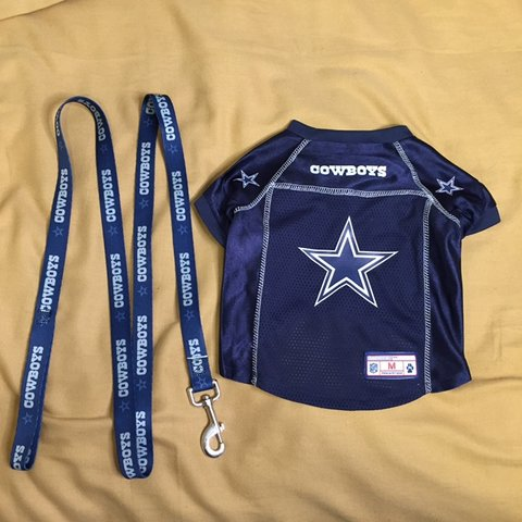 2f016a780 Dallas Cowboys dog jersey +PLUS+ matching dog leash!!! Size - Depop