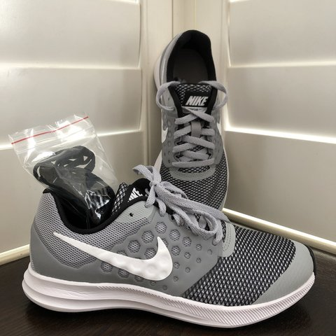 4b0355c04f869c Nike DownShifter 7 (GS) size 4Y These are brand new they an - Depop