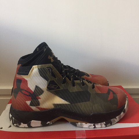 7172fb03bef1 Under armour curry 2.5 gold Size 6 could fit 5.5 Bought 1 me - Depop