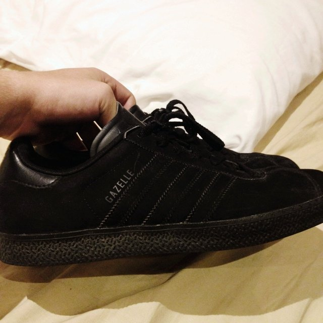 buy popular 7720b 9ab0c Selling adidas gazelles, all black, suede perfect condition,