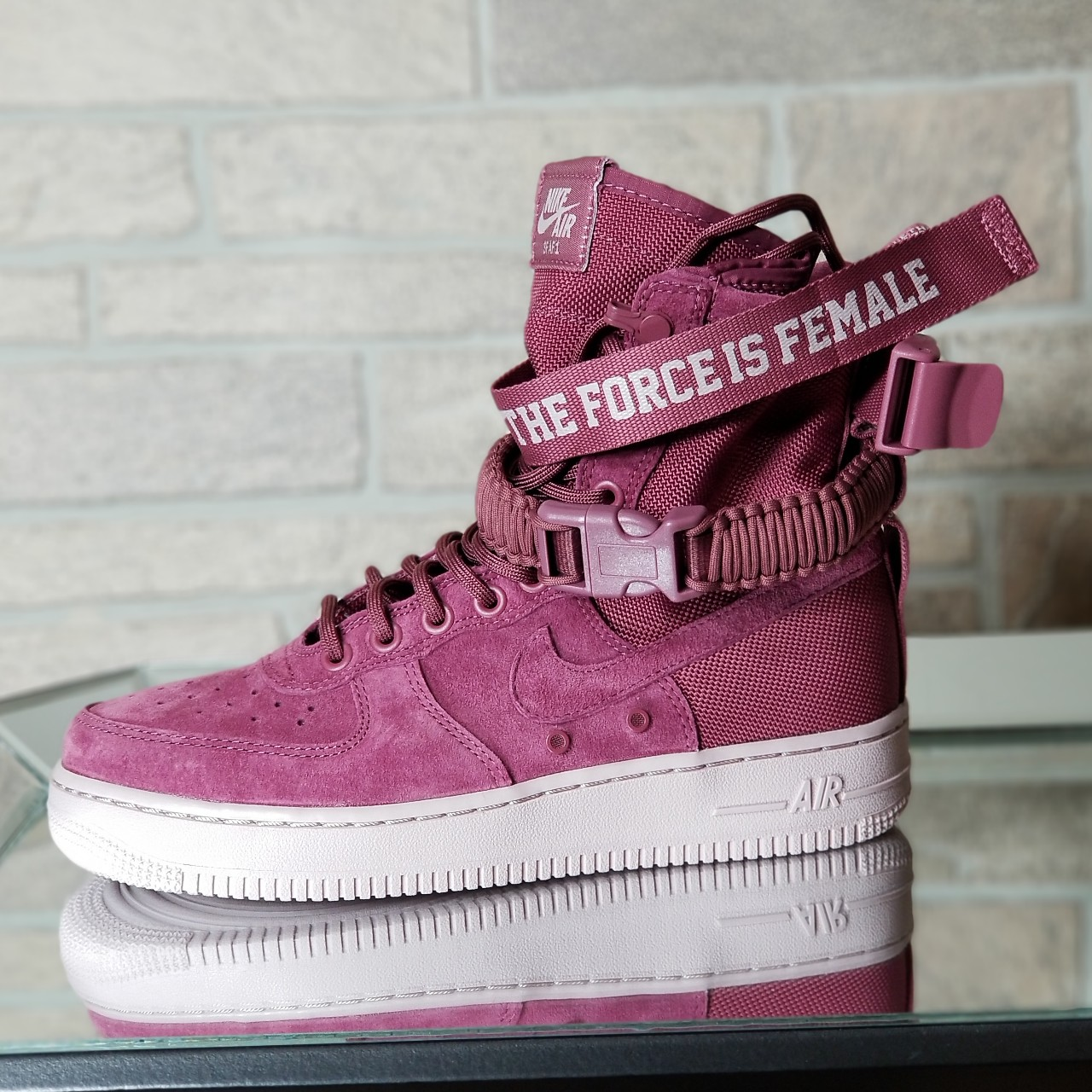 separation shoes bccc4 84f96 Nike Air Force 1 High -