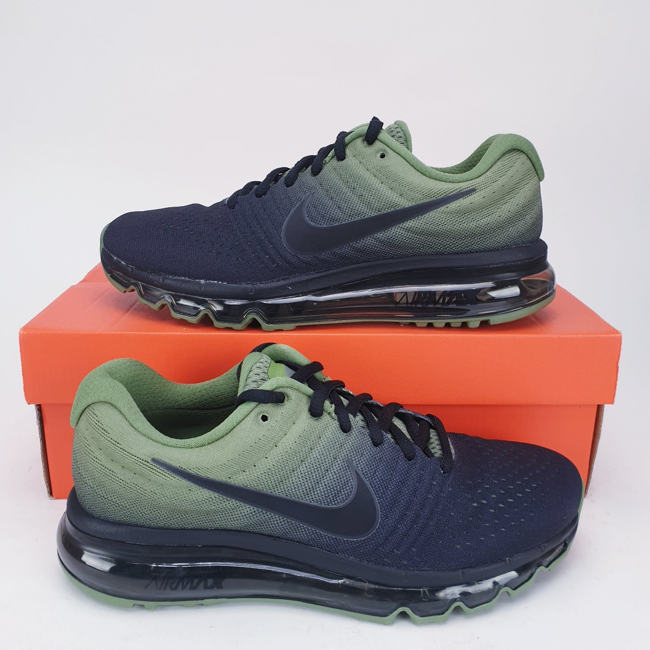Nike Air Max 2017 Junior Trainers Shoes * New in...