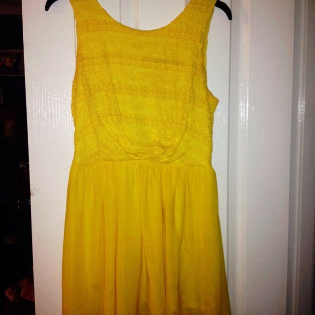d9570cd4f2 Lipsy yellow skater dress. Size medium. Zip at the back. Has - Depop