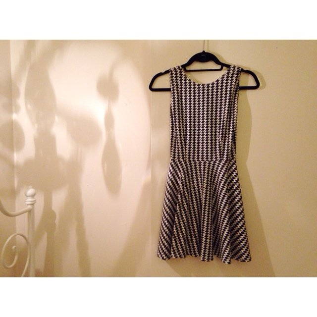 16a6e1a53bc528 American Apparel Ponte Sleeveless Skater Dress in Only worn - Depop