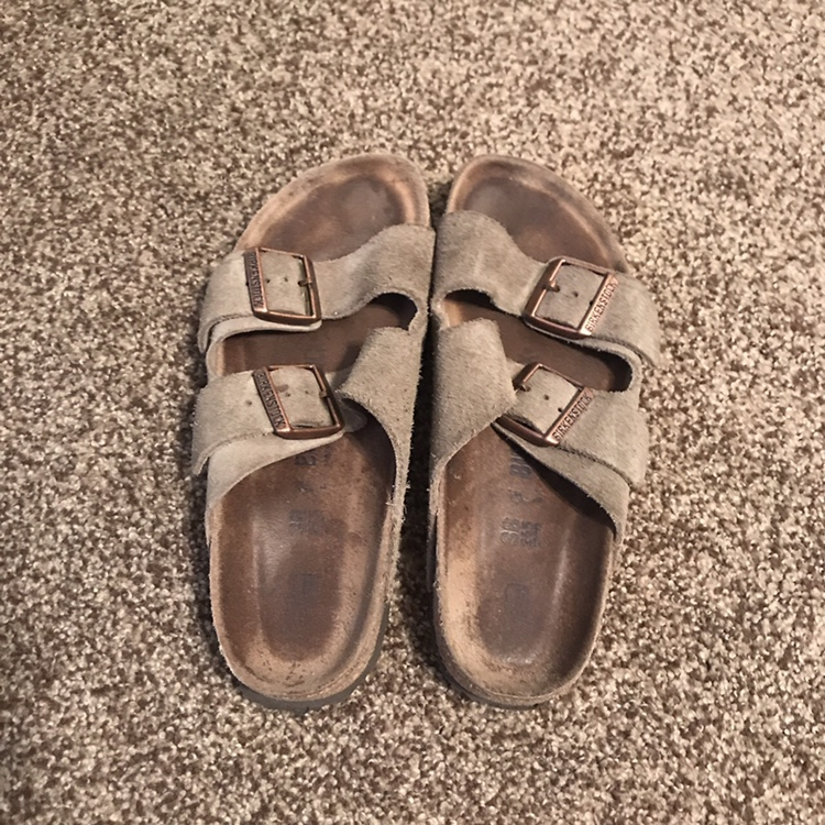 taupe arizona suede leather birkenstock's! size 38 Depop