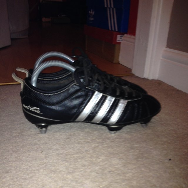 adidas football boots with metal studs
