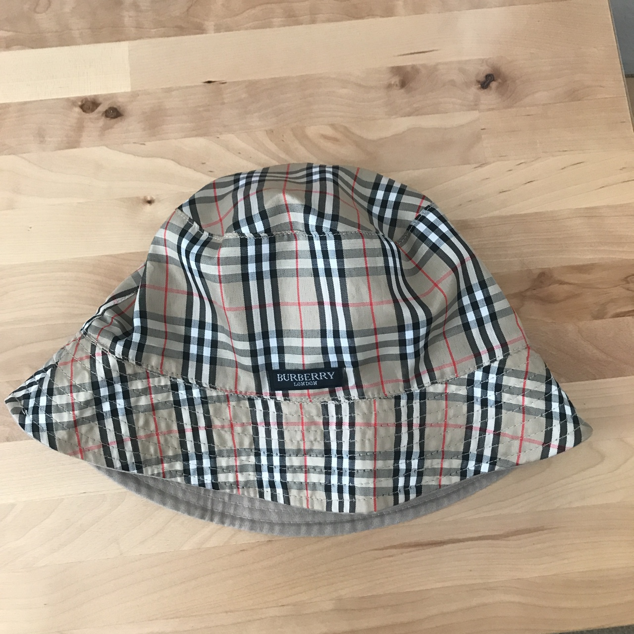 e82d63f02 Authentic vintage Burberry bucket hat in size large - Depop