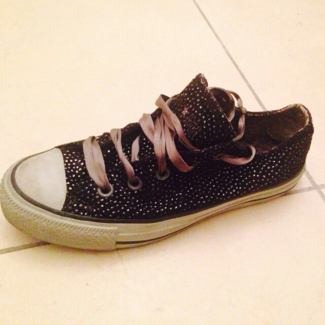 converse grige