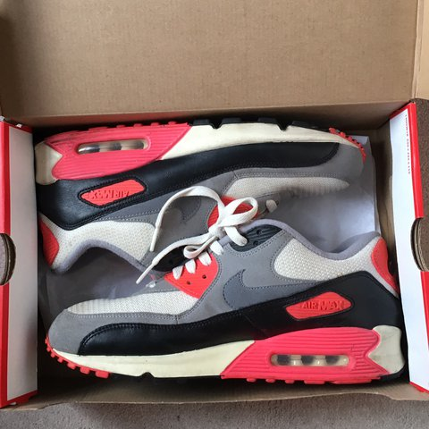 Nike Air Max 90 Infrared Comparison 2015 Retro Vs 2013 'OG' (AKA VNTG) Retro