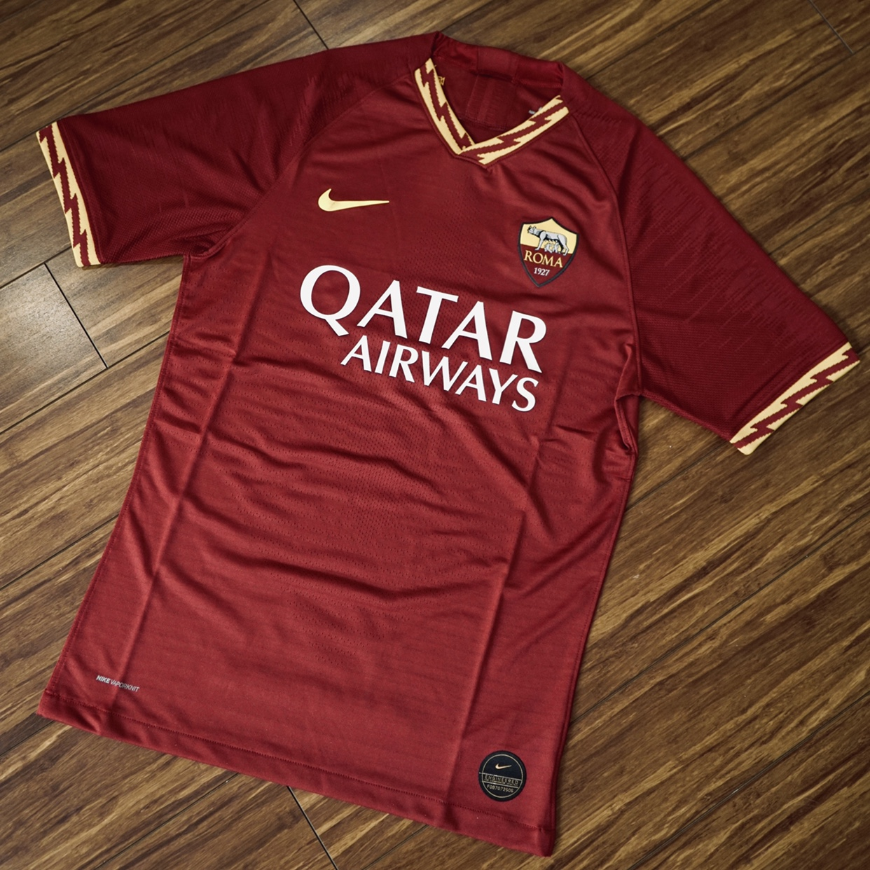 cheap for discount 61a32 87950 Nike AS Roma 2019-2020 Home Jersey player version in ...