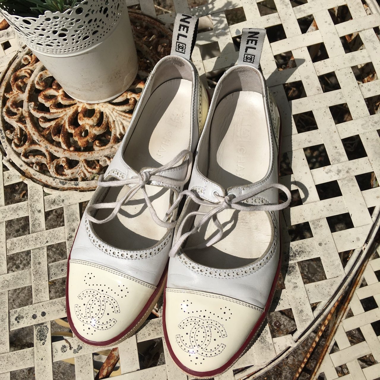 Chanel plimsolls size 7-8 used but