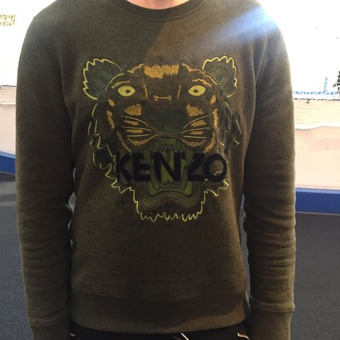 2b0d02b12a 100% authentic Kenzo Jumper. Size medium however could be as - Depop